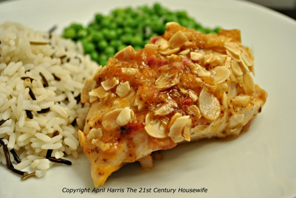 Apricot Almond Chicken on AprilJHarris.com