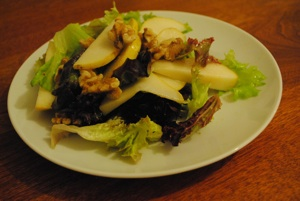 Pear and Walnut Salad