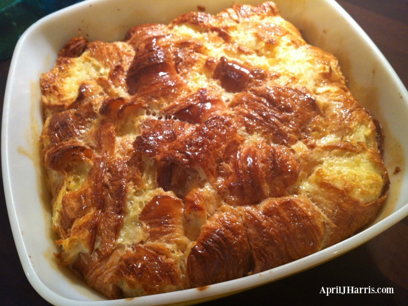 Crusty baked croissants, surrounded by a meltingly tender and yielding custard. If you can resist this Caramel Croissant Pudding recipe you have a will of iron.