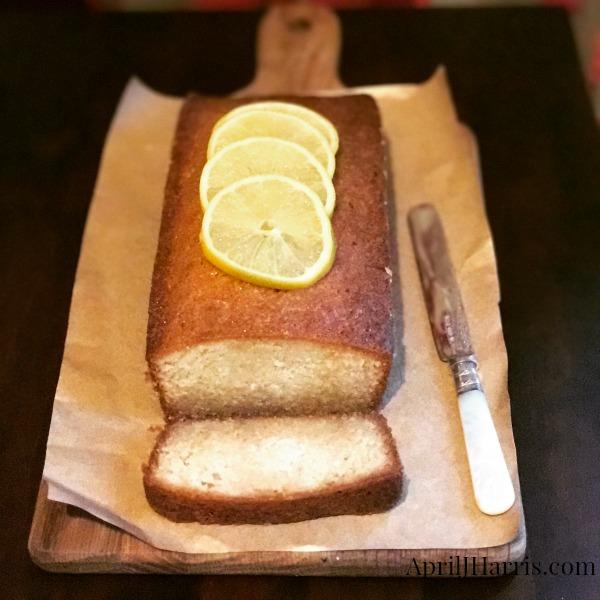 Lemon Drizzle Cake - a delicious teatime treat