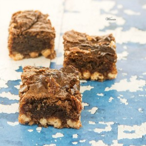 Gluten Free Blondies - Winnie Rottem