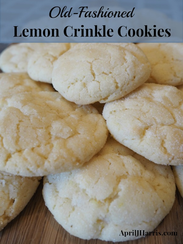 Old-Fashioned Lemon Crinkle Cookies - delicious cookies with a lovely lemony hit