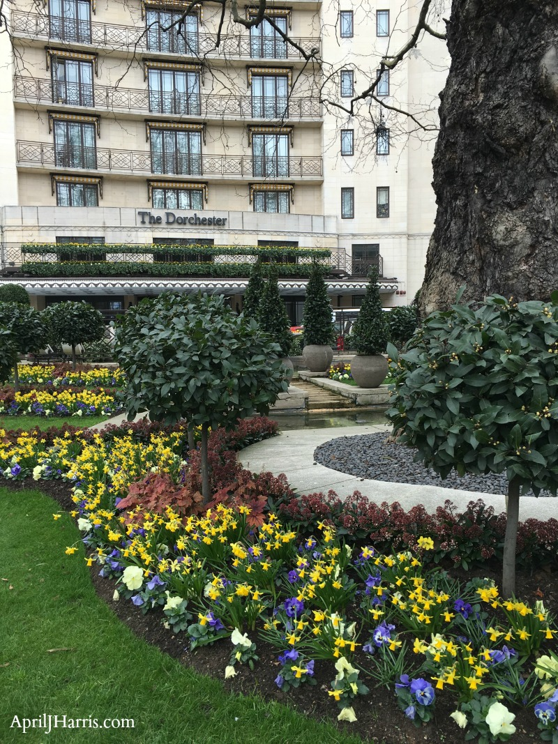 A Visit to The Dorchester Hotel London - join me on a virtual visit to this iconic hotel, ideally located for seeing the best of our capital city
