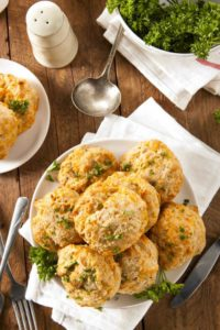 Copycat Red Lobster Cheddar Biscuits featured at The Hearth and Soul Hop