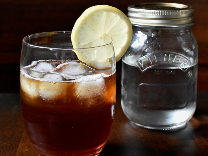 Simple Syrup is a key ingredient in many summer cocktails and drinks. This hack from @apriljharris means you can make it quickly and easily - without using the stove!