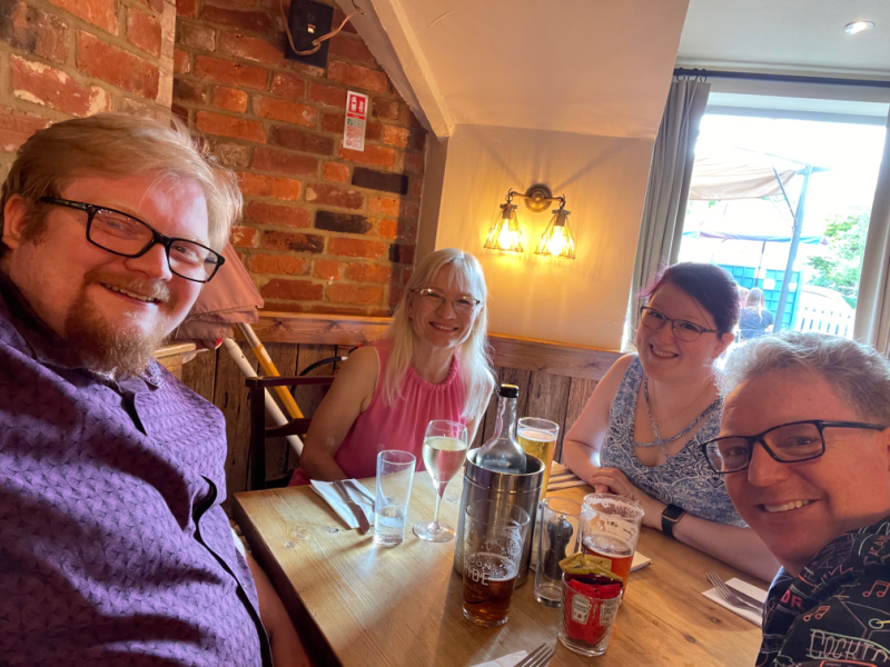 Benefits of Spontaneity - Sunday lunch at the pub